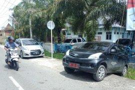 Mundur tiba-tiba, mobil dinas dokter di Aceh Barat nyaris tabrak warga