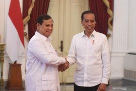 Jokowi bersama Prabowo bahas stabilitas keamanan dan politik