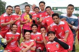 Kodam XII/Tpr gelar laga persabatan lawan Jounalist FC dan DPRD Sambas FC