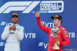 Hamilton: Leclerc pebalap nomor satu Ferrari