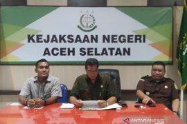 Kejari Aceh Selatan tahan tiga tersangka diduga korupsi dana  DOKA