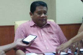 Pelantikan empat pimpinan definitif  DPRD Maluku tunggu SK Mendagri