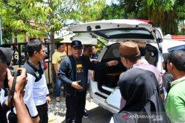 Pemkab Gorut salurkan mobil ambulans di puskesmas perbatasan