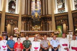 Pangdam XII/Tpr ajak umat Katolik di Kalbar rawat agama