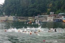 150 remaja ikuti lomba renang PTLF 2019 di Danau Toba
