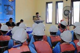 Pekerja bangunan di Kota Tangerang ikuti uji sertifikasi keterampilan tukang