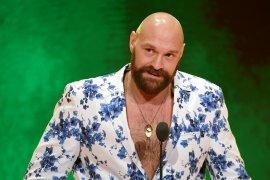 Petinju kelas berat asal Inggris Tyson Fury akan lakoni debut gulat lawan Strowman