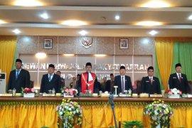 50 anggota DPRD Langkat diambil sumpah dan janji