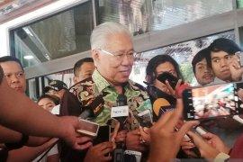 Jenguk Wiranto, Mendag menyampaikan simpati dari 16 negara