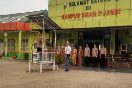 Kapolda Jambi jadi Irup di SMA 5 kota Jambi