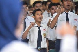 Latih jiwa kepemimpinan, 245 ketua OSIS Surabaya ikuti LDKS