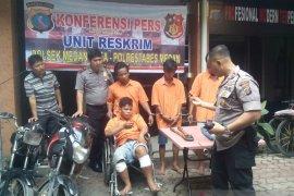 Polisi tembak bos 'Becak Hantu' di Medan