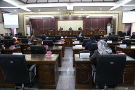 Dewan setujui Raperda APBD 2020 dibahas
