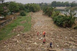 Sampah dari Kota Bandung ke DAS Citarum capai sekitar 18,5 ton/hari