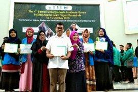 Empat Mahasiswa IAIN Pontianak raih best paper tingkat Borneo