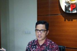 KPK tahan Bupati Indramayu Supendi