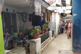 Densus 88 geledah rumah terduga teroris di Lengkong Kota Bandung