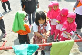 Ratusan siswa TK dan PAUD memperingati Hari Cuci Tangan Sedunia