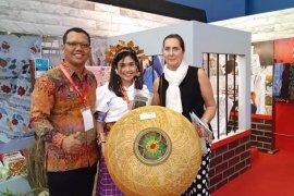 Anyaman lidi Lapas Polewali dan Rutan Majene tampil di Trade Expo Indonesia 2019