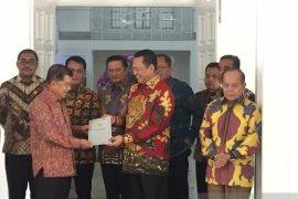 MPR harapkan Jusuf Kalla hadir dalam pelantikan Presiden-Wapres terpilih