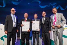"""BPJS Ketenagakerjaan Raih Dua Penghargaan Tertinggi """"Certificate of Excellence"""" di Forum Jaminan Sosial Sedunia"""