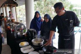 Chef Martin rekomendasikan pemakaian air fryer dan kompor induksi di rumah