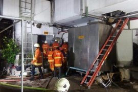 Genset GBPT RSUD Soetomo Surabaya terbakar