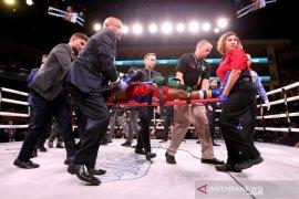 Petinju AS Patrick Day meninggal saat  kalah KO  melawan Charles Conwell