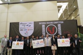 Tim Zen UI juara pertama Cyber Jawara 2019