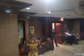 Lebih dari 9 jam, KPK masih geledah kantor Wali Kota Medan