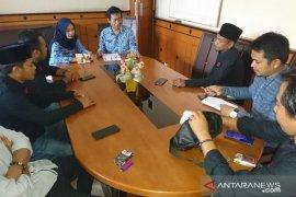 Pemkab Sampang selidiki laporan mencurigakan penggunaan dana desa, beli ATK Rp2,2 miliar