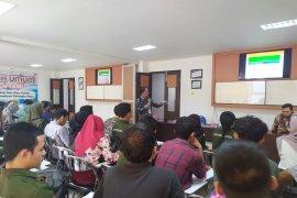 Mahasiswa Fisipol UM Palangkaraya dalami manajemen risiko kebencanaan