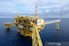 Harga minyak naik ditopang prospek penurunan produksi OPEC+