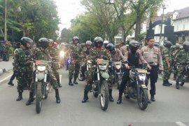 Jelang pelantikan presiden, TNI-Polri di Medan gelar patroli