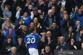 Liga Inggris - Everton keluar dari zona degradasi usai kalahkan West Ham