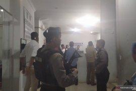 KPK juga geledah kantor Dishub Kota Medan
