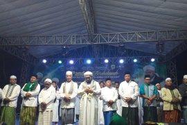"Masyarakat Bondowoso sambut Hari Santri dengan ""Sholawat Bhenning"""