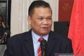 Menteri pada kabinet hanya loyal pada presiden