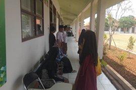 Mahasiswa Ponpes An Nawawi doakan pelantikan presiden-wakil presiden lancar