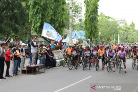 Ratusan peserta ikuti Tour de Loksado 2019