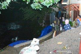 Warga bantaran Sungai Batang Ayumi dihantui ketakutan