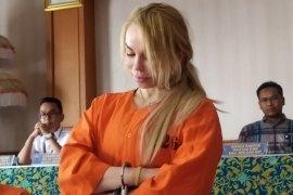 Petugas tangkap dua warga asing kedapatan bawa kokain