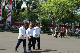 Pratikno, Nico Harjanto, Fadjroel Rahman datangi istana