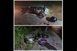 Tabrakan sesama sepeda motor, siswa SMK tewas