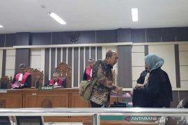 Mantan Bupati Sragen dituntut 1,5 tahun penjara