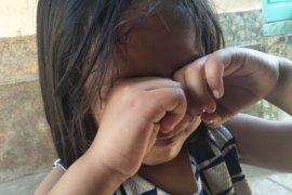 Hindari abu kebakaran hutan Gunung Rinjani, warga Mataram disarankan berkacamata