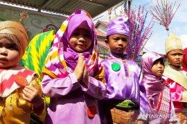 Hut Pontianak , TK Aisyiyah Bustanul Athfal 5 Pontianak Timur laksanakan Fashion Show Islami