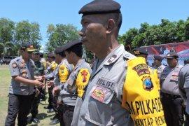 Kapolres Situbondo ingatkan petugas pengamanan pilkades kedepankan sikap humanis