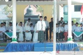Peringati HSN, Bupati Thoriq ajak santri Lumajang terus berprestasi
