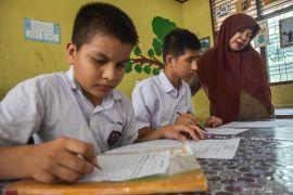 Indonesia akan evaluasi kebijakan anak imigran berstatus pengungsi bersekolah di Pekanbaru